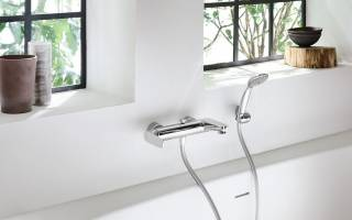 Как устанавливать смеситель в ванной