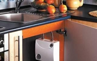 Установка водонагревателя под раковину